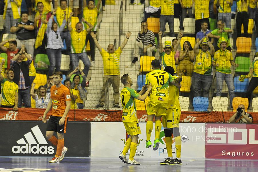 Fotogalería de la 2ª semifinal de la Copa del Rey Aspil Vidal Ribera Navarra FS Vs Jaen Paraiso Interior